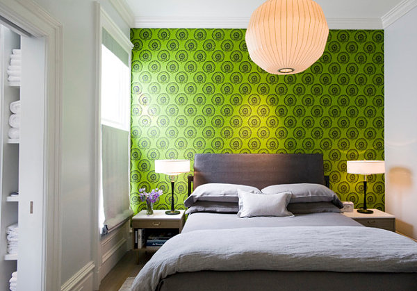 Bold green bedroom wallpaper
