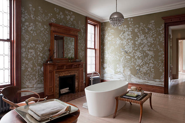 Chinoiserie bathroom wallpaper