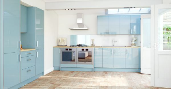 Cool light blue kitchen looks like a dream!