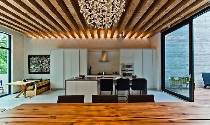 Homes With Exposed Wooden Beams Are Simply Charming!
