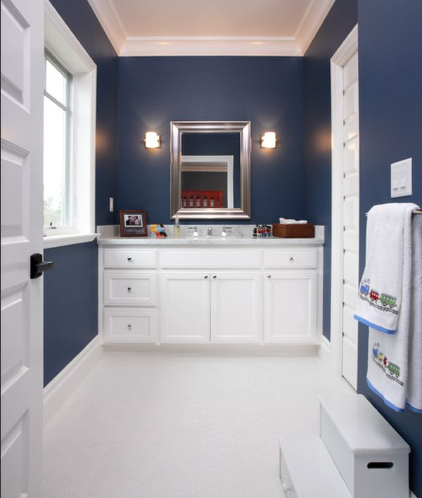 23 kids bathroom design ideas to brighten up your home for Bathroom ideas navy blue