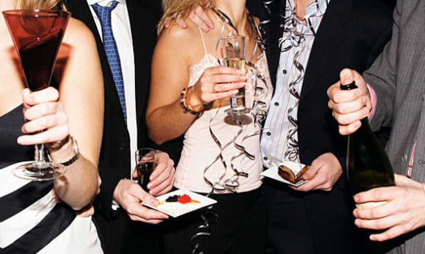Stylish Cocktail Party Ideas for the Modern Entertainer