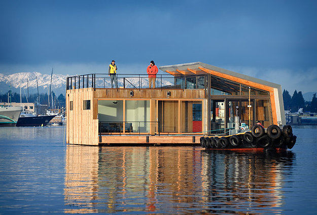 Stunning Houseboats For Aquatic Living: portland floating homes
