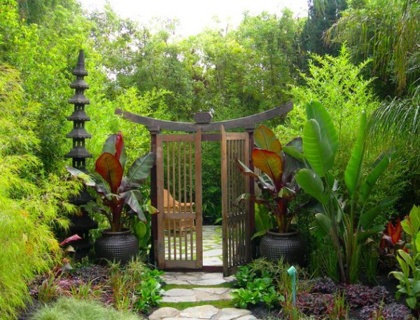 View In Gallery Give Your Garden A Oriental Entrance With Style Galore