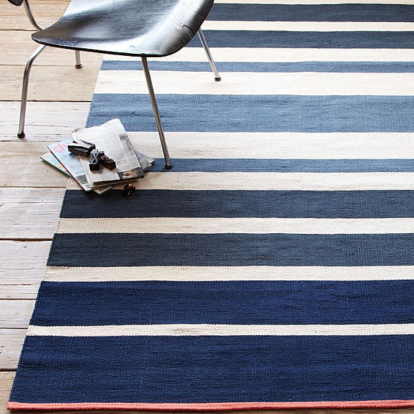 Gradated striped rug