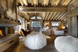 Romantic Winter Chalet in Courchevel Charms With Its Timeless Luxury