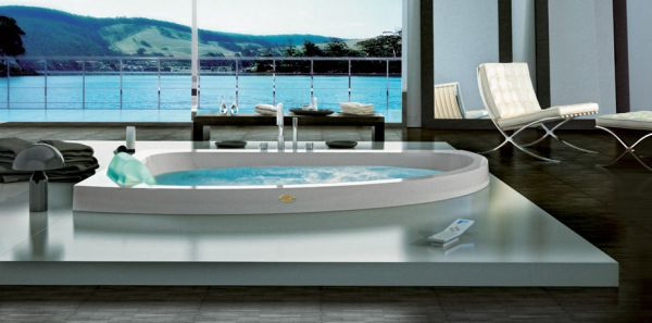 18 stylish bathroom designs for the posh for Salle de bain jacuzzi