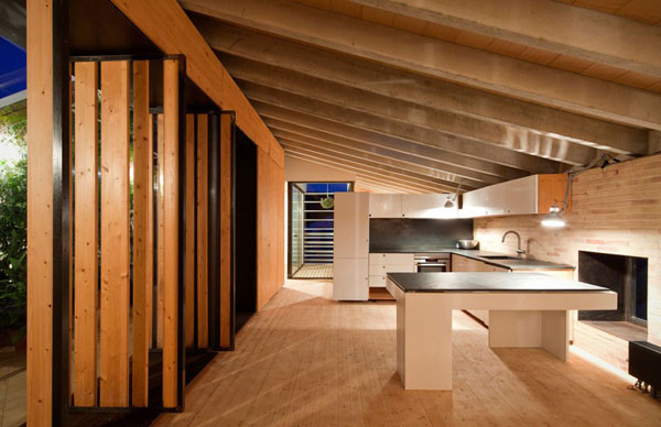 Modern wood kitchen 1 Delightful Modern Kitchens Wearing a Wooden Skin