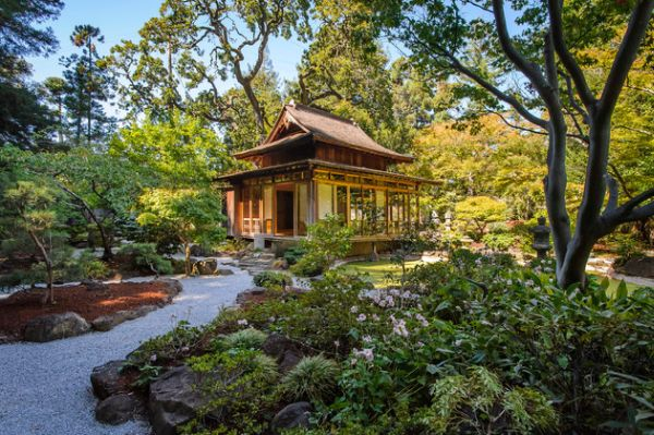 28 japanese garden design ideas to style up your backyard for Perfect garden design