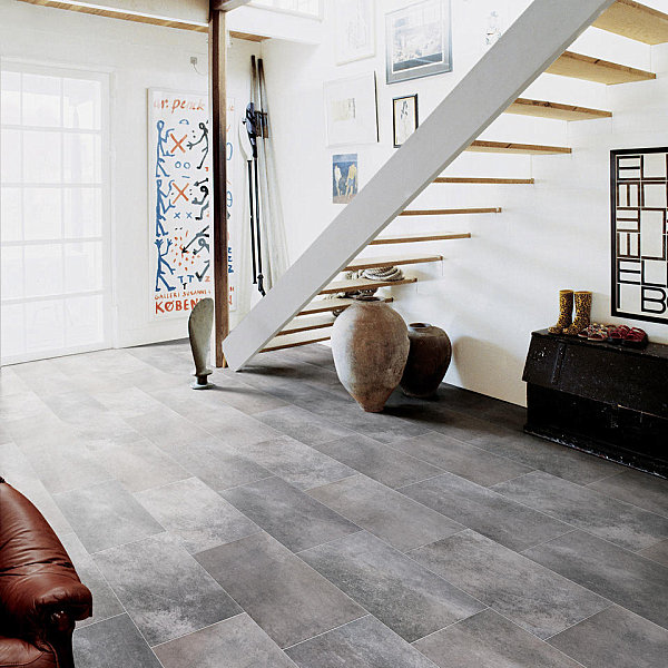 Porcelain tile creates an exotic effect