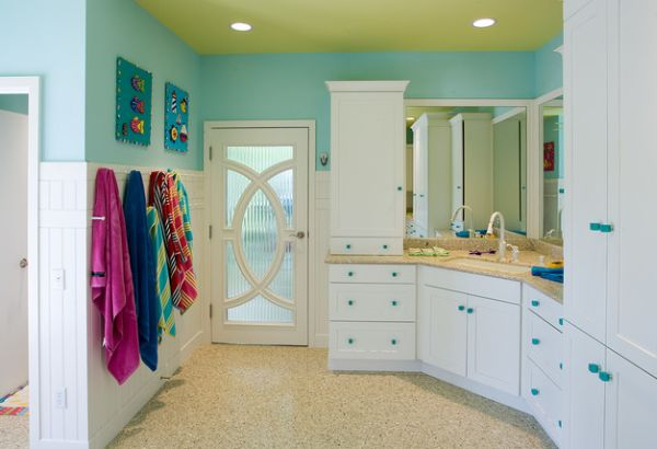 Select patterns and colors give this eclectic kids' bathroom an inimitable look