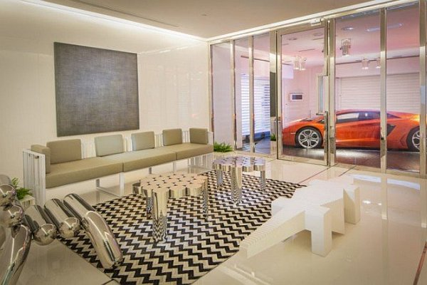 Stylish Interior Garage at the Penthouse of Hamilton Towers