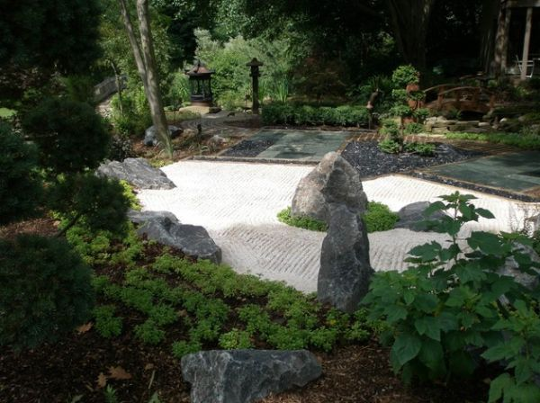 Tasteful and refined Japanese garden crafted to perfection