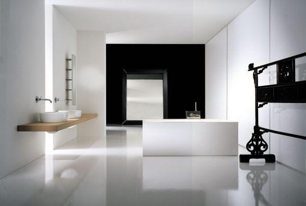 Ultra minimalistic bathroom in neutral tones