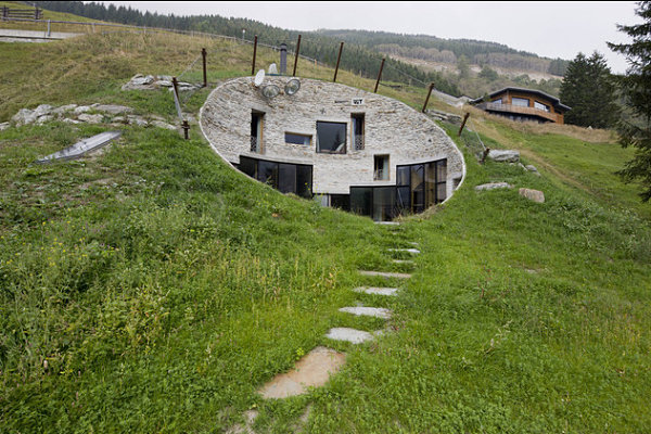 Underground holiday retreat Unforgettable Underground Homes