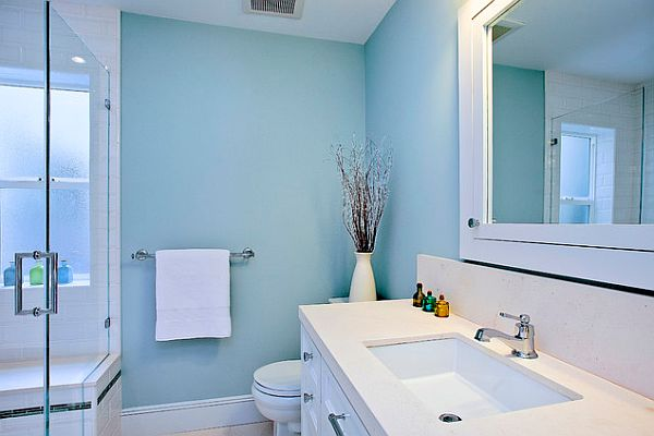 bright blue and white bathroom decor