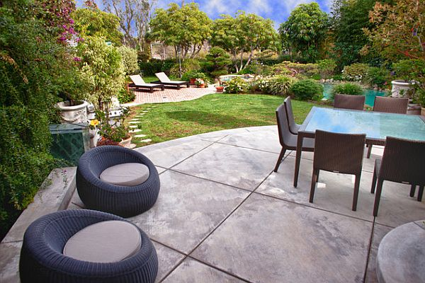 Stylish concrete patio flooring