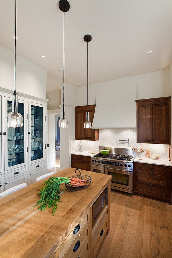 Contemporary kitchen with small pendant lamps