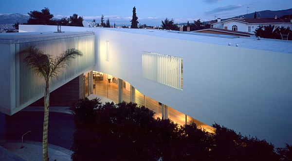 modern psychiko house in Greece 14
