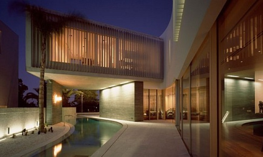 Posh Private Residence in Greece Integrates Sleek Symmetry with Contemporary Style
