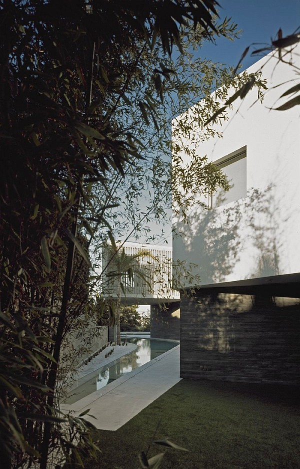 modern psychiko house in Greece 4