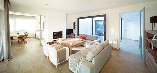 winter home living room
