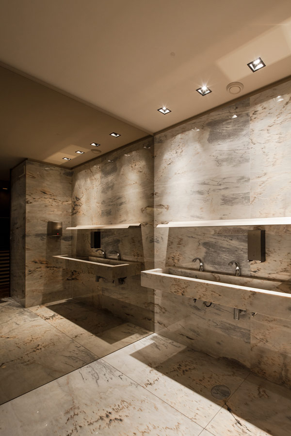 Bo Zen Bar - marble bathroom