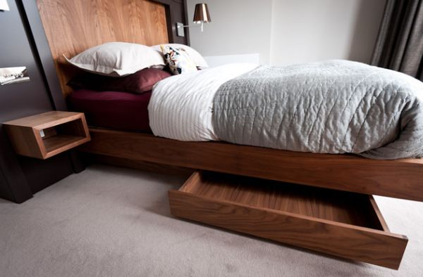 Built-in storage units under the floating bed help hide away the mess!