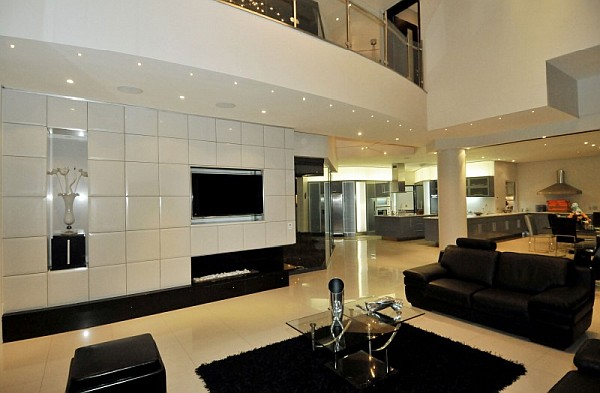 Dazzling Modern South African Home Charms With Elegant