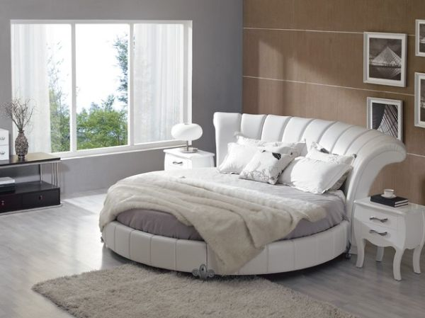 27 round beds design ideas to spice up your bedroom for Round bed design
