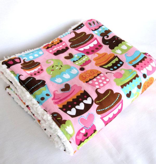 Cupcake-Inspired Home Decor  (6)