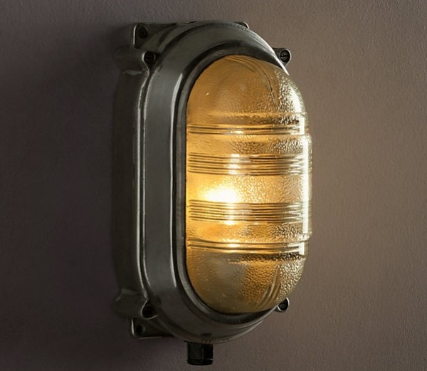 Deco-style nautical light