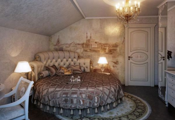 Fabulous wall mural and exqusite interiors create a ravishing traditional bedroom with a circle bed