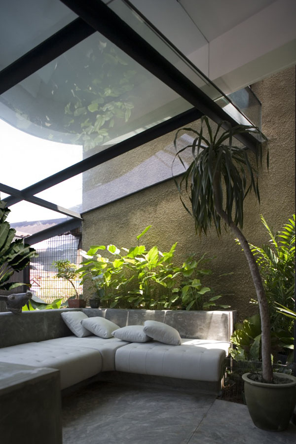 Stunning indoor gardens create seamless human nature Interior design plants inside house