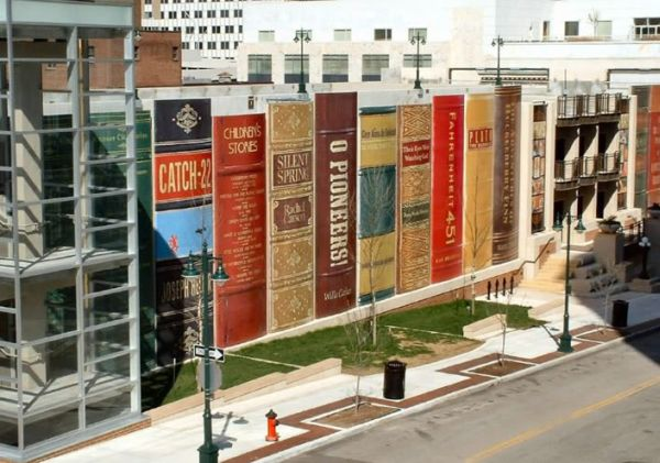 Kansas City Public Library's Community Bookshelf 1