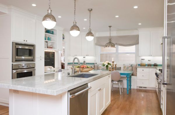 Kitchen Pendant Lights Over Island 600 x 397