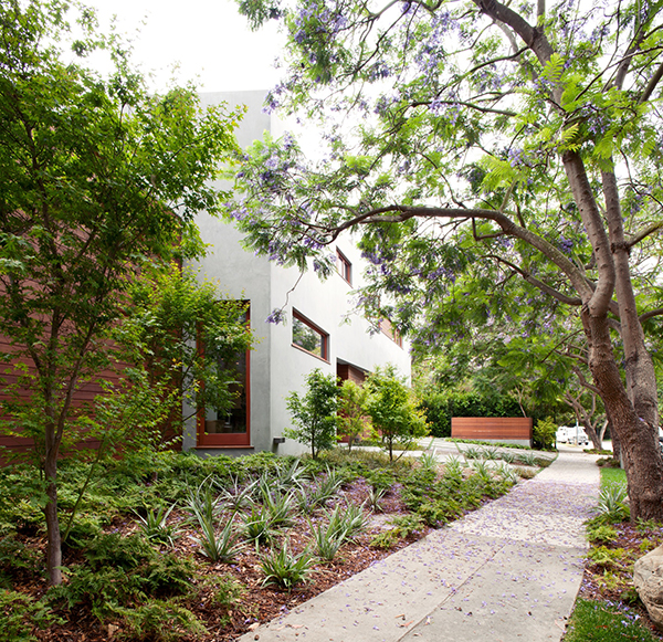 Beautiful Nature Los Angeles: Refined Los Angeles Residence Surrounded With Charming