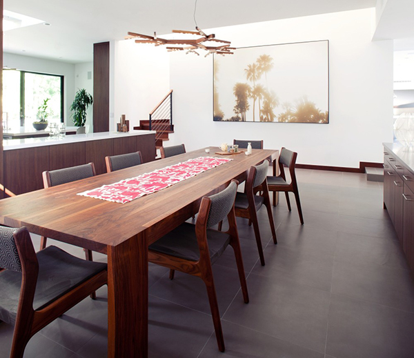 Los Angeles Residence - living room table