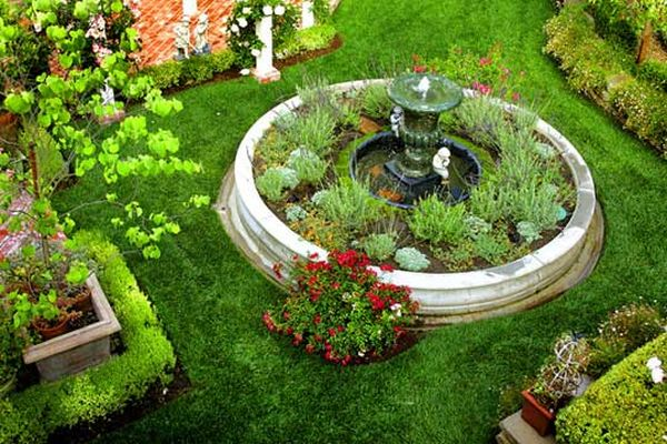 Lovely way to create a picture perfect garden