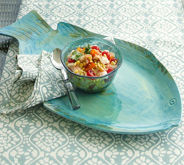 Melamine platter for outdoor entertaining