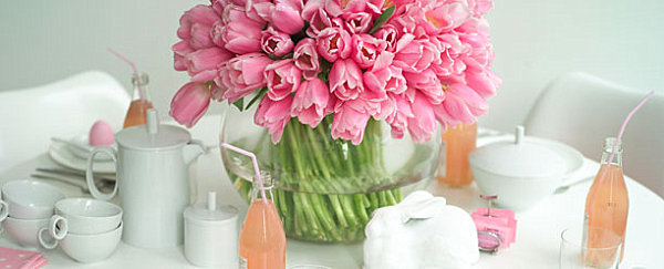 Pink and white Easter table