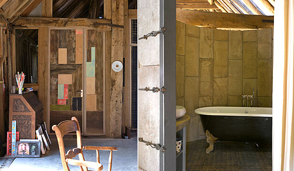 Silo wall creates powder room privacy