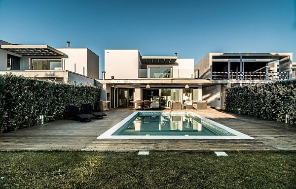 Vilamoura House 2 Lavish Modern Residence in Faro Charms With Its Spacious Contemporary Interiors
