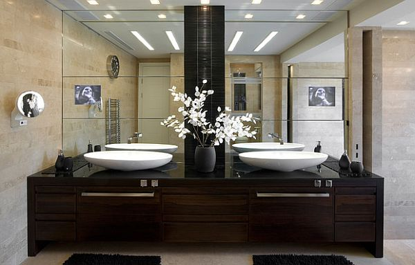 Asian bathroom with white flowers