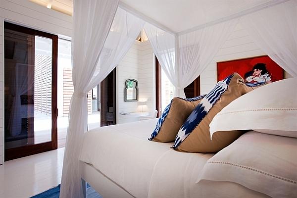 cozy white bedroom decor