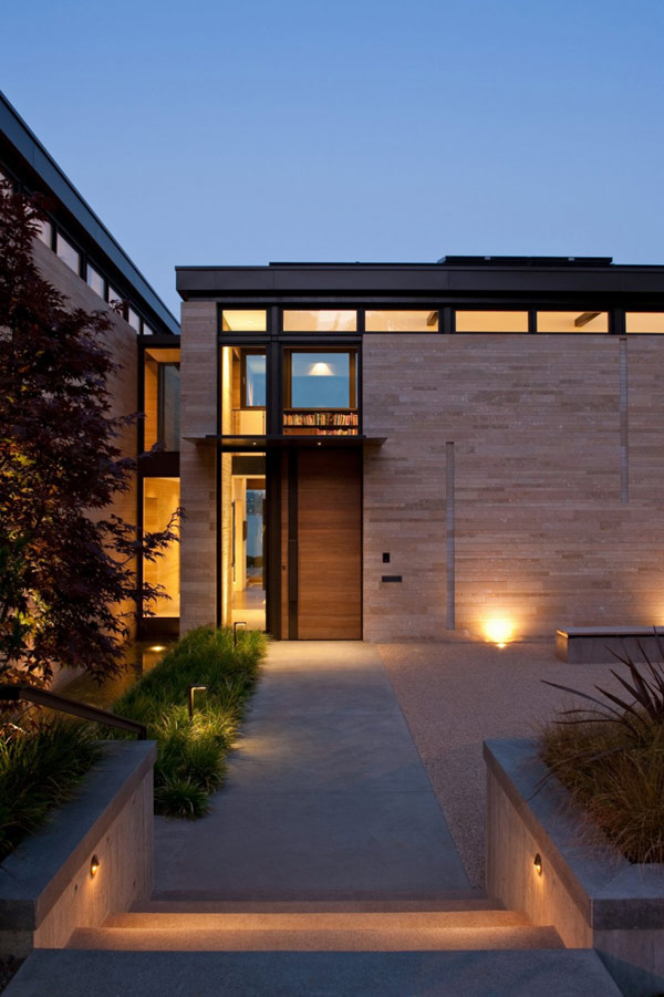 contemporary residence entrance park hilltop washington modern form lighting garden water fluid incorporates charm fireplace