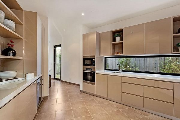 kitchen design in cappuccino shades
