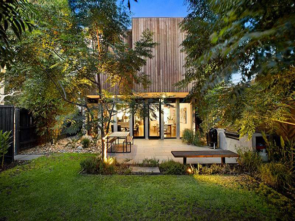 melbourne home 2 Modern Home in Melbourne by Robert Simeoni Blends Simplicity With Style