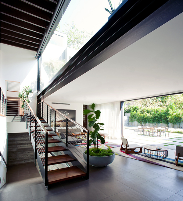 minimalist Los Angeles Residence