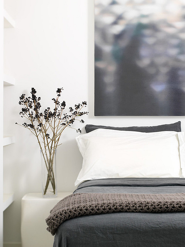 Modern bedroom with stylish flowers